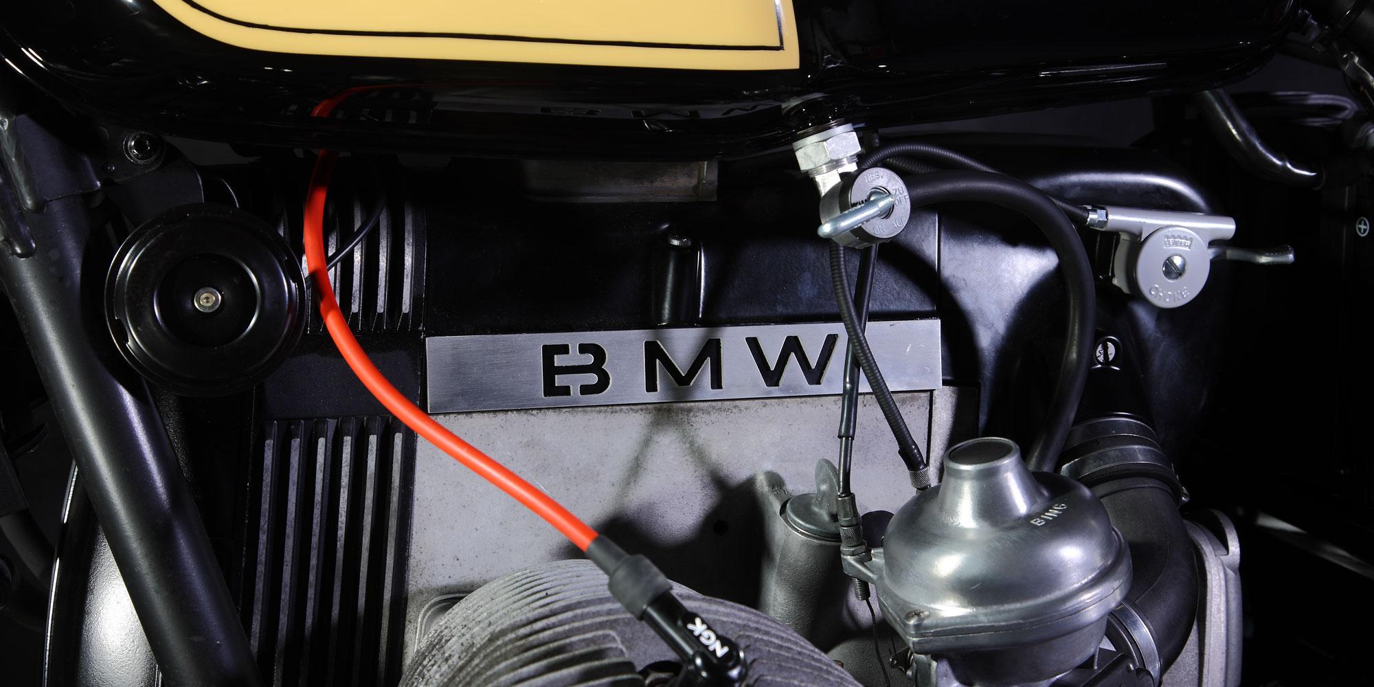 BMW R100