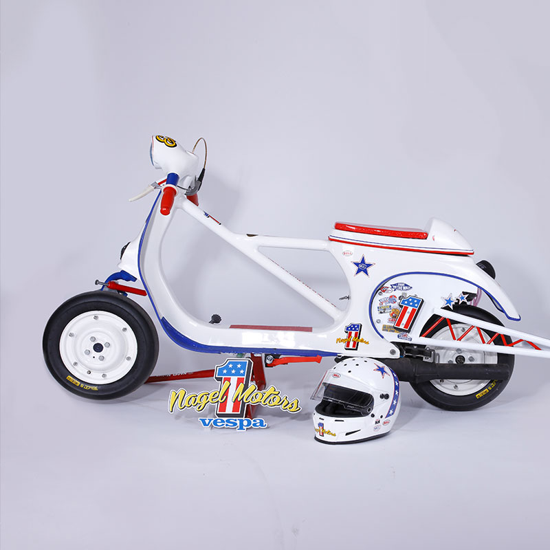 #26 THE EVEL Vespa